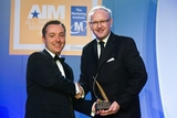 Jonnie Cahill, O2 Ireland (sponsor of the International Marketing Award), with award winner Daragh O'Reilly, Irish Ferries